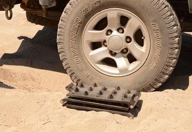 Foldable Sand Tracks - Grip  n Go - Hilux 4x4 Forum 0294ae7b593